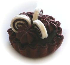 Pretend Play Kitchen - Chocolate Swirl Tart, in Felt by Hiromi Hughes, via Flickr