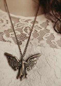 Tessa's necklace