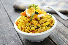 Omas Reissalat ist ein gesundes Rezept, das schnell geht. Eine sättigende und schmackhafte Hauptspeise.