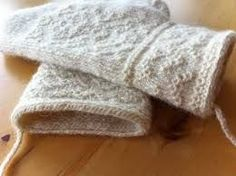twined knitted mittens