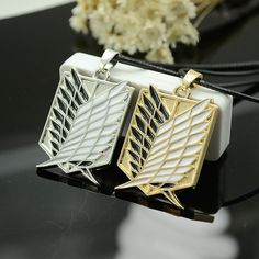 2 Colors Attack On Titan Wings of Liberty Pendant Necklace Metal Cosplay Jewelry Toy Anime Figure Shingeki No Kyojin Gift Attack On Titan, Titans Gear, Cosplay, Sasuke, Naruto, Pendant Jewelry, Pendant Necklace, Necklace Packaging, Anime Store