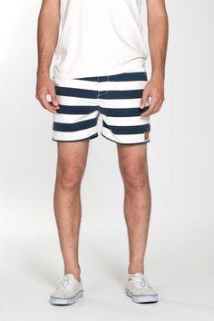Salty dog slim fit street trunks by OBEY Clothing. Style Nautique, Blazer Bleu, Estilo Navy, La Mode Masculine, Summer Wear, Summer Shorts, Swim Shorts, Patterned Shorts, Man Style