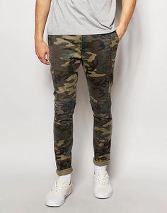 ASOS | ASOS - Pantalon chino skinny à imprimé camouflage avec empiècements style motard chez ASOS