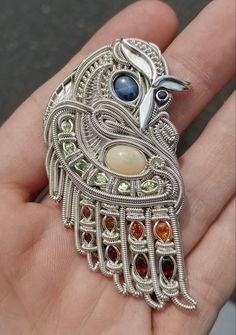 Today I get the pleasure of welcoming on Chris Fredlund of Freedom Formations! Chris combines fabrication and wire wrapping techniques to bring his unique visions