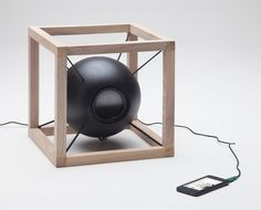 Vitruvio Speaker by Juan Soriano Blanco and Giorgio Bonaguro