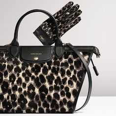 Le Pliage Héritage covers every trend : two-material, animal print and even minimalist.