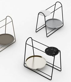 Dos by Diario: A Elegant Side Table with Versatility