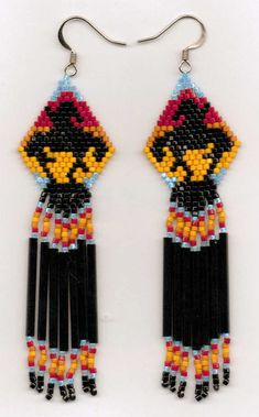 about traditional and contemporary native american beadwork . Beaded Earrings Native, Beaded Earrings Patterns, Native Beadwork, Native American Beadwork, Indian Beadwork, Bracelet Patterns, Native Beading Patterns, Seed Bead Patterns, Indian Patterns