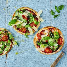 Tortizza Margherita & Rocket Salad Recipe   Gousto