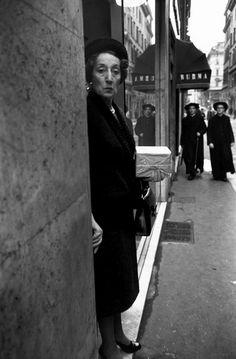Roma, 1966 © Bruno Barbey