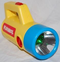 Vintage Toys 25 Toys That You Kids Loved Playing With In Preschool - Playskool Tape Player > Your Bluetooth speaker Wood Kids Toys, Kids Toys For Boys, Outdoor Toys For Kids, Girls Toys, 80s Kids, View Master, Triumph Speed Triple 1050, Triumph Street Triple, Polly Pocket