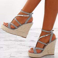 28f7bc24ee2 Amazon.com  Womens Strap Platform Wedge Glitter Sandals High Heels  Espadrille Open Toe Shoes  Clothing