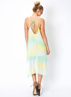 Look flirty and fabulous in this dip-dye high-low dress.