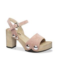 Mit EILYN komplettieren Sie im Sommer 2016 Ihren Signature-Look. Denn diese Sandale mit Block-Heel und auffallenden Schmuck-Nieten verleiht jedem Outfit den angesagten Pure-70ies-Schliff. Kombiniert zur weiten Marlene-Hose oder zum wallenden Maxidress ? EILYN ist der passende Schuh dazu. #münchen #softclox #sommer #shoes #frühjahr #kaschmir #rose