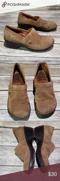6fbbea9b33e6 Born Light Brown Corduroy Mules size 9 EUC Born slip on shoes Light brown  corduroy mules Size 9 Born Shoes Mules   Clogs