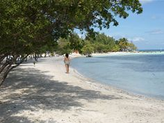 Coco Plum Cay, Belize. Where we will most likely be going on our honeymoon!!! Can't wait!