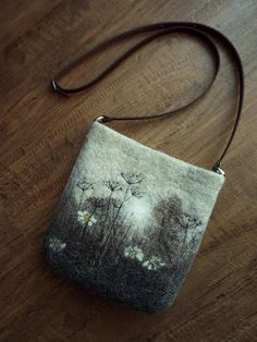 Bag felted woolen bag leather strap shoulder bag gift
