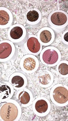 Magical Makeup, Glamorous Makeup, Gold Makeup, Kiss Makeup, Eyeshadow Makeup, Makeup Cosmetics, Makeup Goals, Makeup Inspo, Makeup Tips