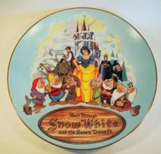 Snow White and the Seven Dwarfs decorative plate