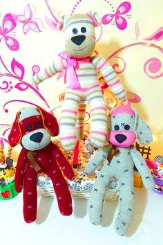 Muñecos con calcetines, tutorial perro hecho con medias | Manualidades