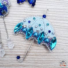 VK is the largest European social network with more than 100 million active users. Bead Embroidery Tutorial, Bead Embroidery Patterns, Bead Embroidery Jewelry, Beaded Embroidery, Embroidery Designs, Feather Jewelry, Bead Jewellery, Beaded Jewelry, Jewelery