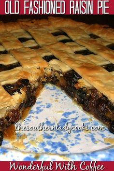 This old-fashioned raisin pie will become a favorite. Lots of plump, juicy raisins make this a tasty dessert served with ice cream. Raisin Pie Recipe Easy, Old Fashioned Raisin Pie Recipe, Raisin Recipes, Rasin Pie Recipes, New Dessert Recipe, Pie Dessert, Dessert Recipes, Köstliche Desserts, Holiday Desserts