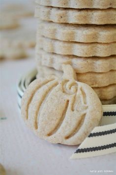 Shortbread Cookies, Pumpkin Spice Shortbread Cookies, Non-spreading Cookie Recipe, Cookie Stamps, Th Thanksgiving Cookies, Fall Cookies, Christmas Cookies, Pumpkin Cookies, Pumpkin Shortbread Cookie Recipe, Stamp Cookies Recipe, Spice Cookie Recipe, Christmas Shortbread Cookies, Homemade Shortbread