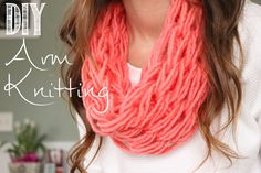 How to Arm Knit a Single Wrap Infinity Scarf in 20 Minutes with Simply M...