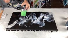- FULL Video of the Black and White Canvas. Flow Painting, Diy Painting, Pour Painting, Acrylic Pouring Art, Acrylic Art, Canvas Painting Tutorials, Painting Techniques, Easy Canvas Art, Diy Resin Art