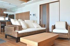 タイの家具ブランドYOTHAKA(ヨタカ)のCHINOIS COUCH(チノカウチ)