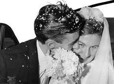 *SMOOCH* | 60 Adorable Real Vintage Wedding Photos From The '60s