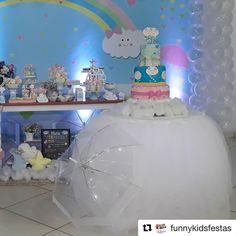 #Repost @funnykidsfestas (@get_repost) ・・・ Um pedacinho da décor da Maria Fernanda.... muuuuita chuva de amor... #festachuvadeamor #festachuvadebencaos #chuvadebencaos #partylove #funnykidsfestas