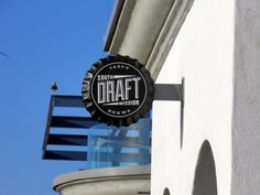 Draft in Mission Beach is a new hotspot to come eat and enjoy the view of the ocean!