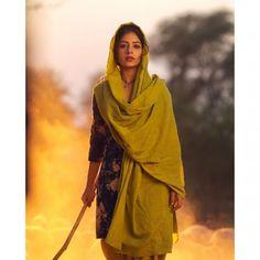 Punjabi Girls, Punjabi Couple, Punjabi Suits, Salwar Suits, Punjabi Models, Best Profile Pictures, Punjabi Actress, Barbie Fashionista Dolls, Beautiful Suit