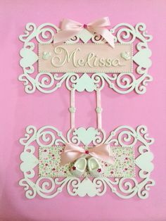 Diy Home Crafts, Baby Crafts, Wood Crafts, Arts And Crafts, Paper Crafts, Name Plate Design, Dance Crafts, Baby Mobile, Baby Shower Princess