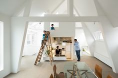 Apartment in Amsterdam / MAMM Design