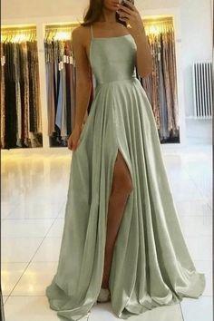 Stunning Prom Dresses, Open Back Prom Dresses, Pretty Prom Dresses, Cute Prom Dresses, Prom Outfits, Dance Dresses, Green Prom Dresses, Simple Prom Dress, Perfect Prom Dress