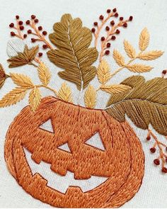 Hand Embroidery Collection (@embroidery_talent_art) posted on Instagram • Oct 11, 2020 at 3:02pm UTC Embroidery Designs, Dmc Embroidery Floss, Embroidery Needles, Embroidery Art, Halloween Embroidery, Halloween Tutorial, Fabric Pen, Wooden Hoop, Halloween Pumpkins