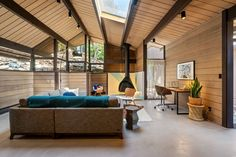 Photo 13 of 15 in A Spectacular Roger Lee Midcentury Hits the Market in Berkeley for $1.3M - Dwell Hanging Fireplace, Concrete Overlay, Clerestory Windows, Indoor Outdoor, Outdoor Decor, Prefab Homes, Concrete Floors, Ground Floor, Modern Interior