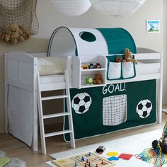 TICAA Hochbett Eric, Kiefer weiß Country, Goal Dunkelgrün-weiß #TICAA #Hochbett #Etagenbett #Kinderzimmer #Kindermöbel #Möbel #Kinderbett #Treppe #Leiter #schlafen #spielen #Fußball #Soccer #Tor #Cars #Football #grün #weiß