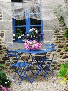 perfect nook in the garden