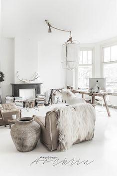 HOME TOUR OF MY AMSTERDAM HOME - LIVING ROOM | PAULINA ARCKLIN | Photographer + Photo Stylist