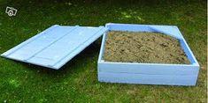 Bac à sable faite avec des palettes en bois