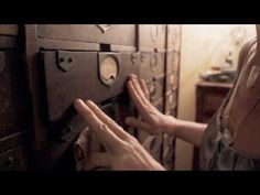 Woman fits her life into a 200 sq ft apt - Small Spaces video - http://www.youtube.com/watch?v=Pw7e53dkCCw=youtu.be