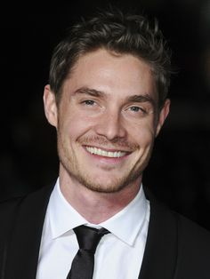 Max Brown (Beauty and the Beast) http://www.imdb.com/name/nm0114238