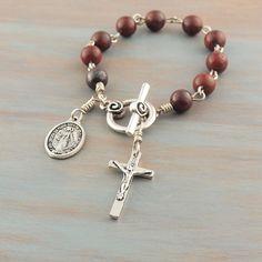 23f07617cf04 Catholic Rosary Bracelets Diseños De Pulseras