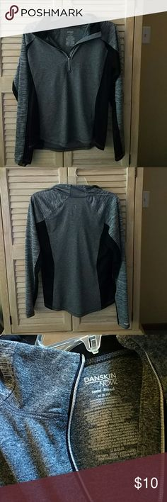 Dri fit active quarter zip NOT NIKE. TAGGED ONLY FOR EXPOSURE Heather grey and black Lightweight Gently used Semi-fitted New condition Great for running  Thumb holes in sleeves Nike Tops