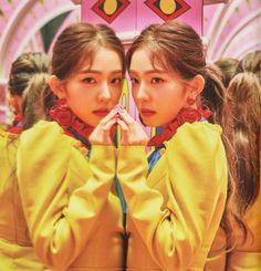 Find images and videos about kpop, red velvet and irene on We Heart It - the app to get lost in what you love. Seulgi, Red Velvet アイリーン, Red Velvet Irene, Daegu, K Pop, South Korean Girls, Korean Girl Groups, Icons Girls, Queens