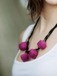 Cubed Necklace by Ori Ami Knits   www.habutextiles.com