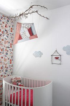 Sweet wallpaper. Source: hidesleep.com.au